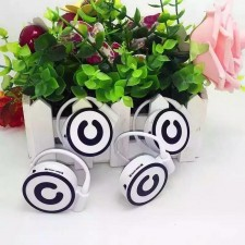 Small Cute MP3 PLAYER TF Card WITH HOOK