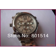 CLEAR STOCK OFFER!Built-in16GB Mini Camcorder Watch Video Recorde