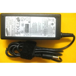 Samsung NP-Q430 Q530 NP300E4Z R440 NP275E4V Power Adapter Charger