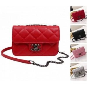 Medium GG Sling Shoulder Handbag