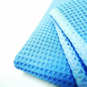 Meguiar's Perfect Clarity Glass Cleaner & PoshCare Glass Microfiber Waffle Cloth