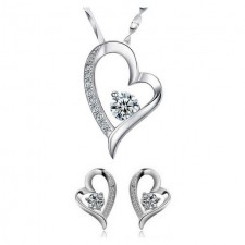Youniq Filled In Love 925s Silver Pendant With Necklace & Earrings Set
