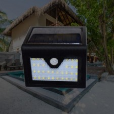32 LED Automatic Solar Light Motion Sensor Outdoor Fence Garden Light Pathway Wall Lamp