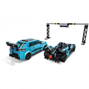 Lego Speed 76898 Formula E Panasonic Jaguar Racing GEN2 Car & Jaguar I-PACE eTROPHY