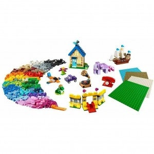 LEGO CLASSIC 11717 Bricks Box